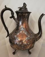 Ezüstözött dúsan cizellált lábakon álló antik bécsi barokk szervírozó teáskanna