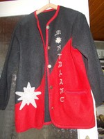 Női kötött kabátka