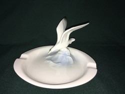 Ilmenau Metzler & Ortloff porcelán hamutál sirály figurával