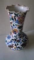 Antik porcelán váza javított hullámos peremrésszel