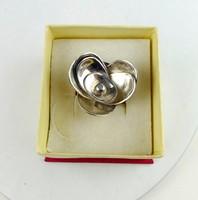 Virágszirmos ezüst gyűrű