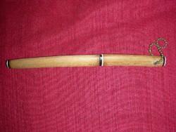 Levélbontó kés