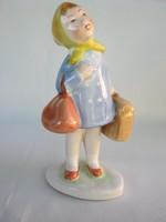 Bodrogkeresztúri kerámia utazó kislány