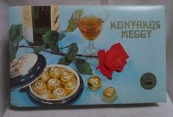 Régi desszertes (karton) doboz (Konyakos meggy, 1985)