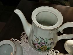 Teás, kávés készlet darabjai