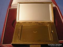 Aranyozott,USA  csiszolt tükrös nagyméretű  pudrié 8,5 x 4.5 cm