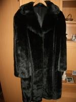 Csinos gyapjú női szövet kabát márkás spanyol - Wardrobe  ba9b8b4cdf