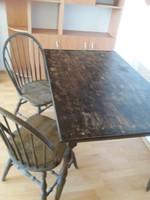Felújítandó bonanza étkező asztal két székkel