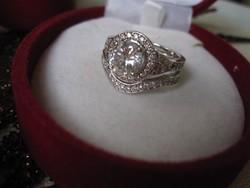 Minden nő álma: Dupla, felépítményes, eljegyzési ezüst gyűrű