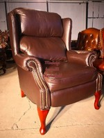 Chesterfield design füles, kényelmi funkciós bőr fotel!