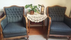 Antik fotelek és komód
