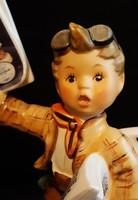 Hummel újságárus kisfiú, 13,5 cm