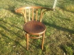 Thonet szék szép formájú ívelt háttámlás