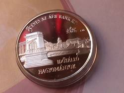 Általános értékforgalmi bank ezüst érme 34,2 gramm 0,925(oldalában jelzett)