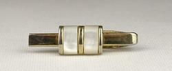 0V289 Arany színű gyöngyház díszes nyakkendőtű