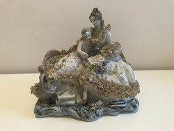 Apulum román porcelán figura, 20 cm magas