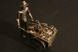 Mini Ezüst Utcai Mozgó Ételárus Büfékocsi Figura Miniatűr Vietnámi Kalap Keleti Szobor Régi Antik