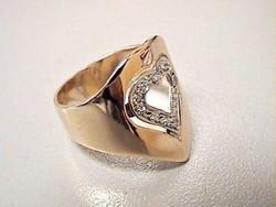 14k egyedi arany gyűrű  12db gyémánt