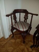 Barokk stílusú , elegáns szék