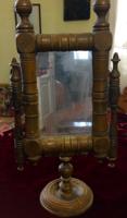 Antik esztergált asztali álló tükör