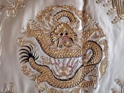 Kínai hímzett selyemkép