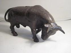 Hatalmas öntöttvas bika-30 cm hosszú