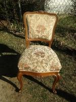 Nagyon kényelmes ülésű szép faragott mintás neobarokk szék / nehéz masszív székek