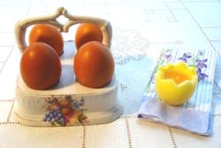 Antik porcelán tojáskínáló (1900-as évek eleje)