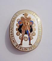 1938 Berlini nemzetközi kézműves kiállítás jelvény