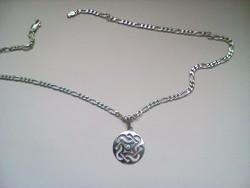 Csodás ezüst lánc+medál 11 gr.