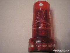 Rubintvörös kétrétegű hibátlan lépcsőzetes csiszolt váza
