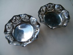 Szép, áttört szélű, szecessziós virágos motívumos ezüst tálak 2 db