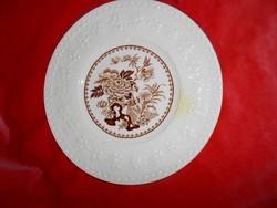 Wedgwood angol tányér dombormintás szegéllyel