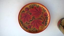 Gyönyörű festet orosz fa pohár és egy alátét