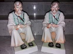 Zsolnay porcelán - Szalonnázó paraszt figura