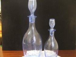 2 db halványkék üveg kiöntő