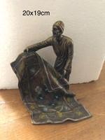Franz Bergmann után Bécsi(Wien) bronz bedouin szőnyeges