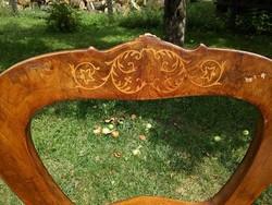 Gyönyörű formájú antik biedermeier szék eladó