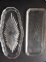 Art deco vastag üveg szervírozó tálca (2 db)