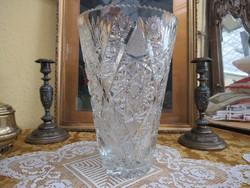 Csodás kristály váza
