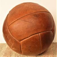 Retró loft , bőr medicin labda 3kg átmérő 30cm