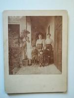 Régi fotó portré, asszonyok és gyerekek