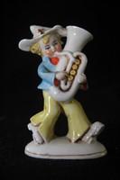 Német porcelán tubás figura