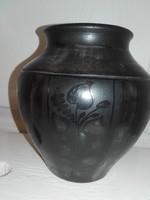 Fekete Karcagi kerámia, 15 cm.