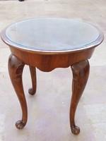 Neobarokk kis asztal