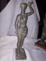 Pándi Kiss kerámia szobor