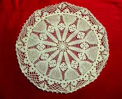 Kerek fehér horgolt csipke (27,5 cm)