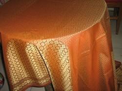 Álomszép luxus selyembrokát ágyterítő