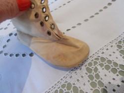 Nagyon szép textilből kézült bab cipő