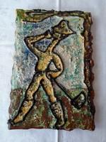 Kerámia falikép: Szomját oltó kapáló legény